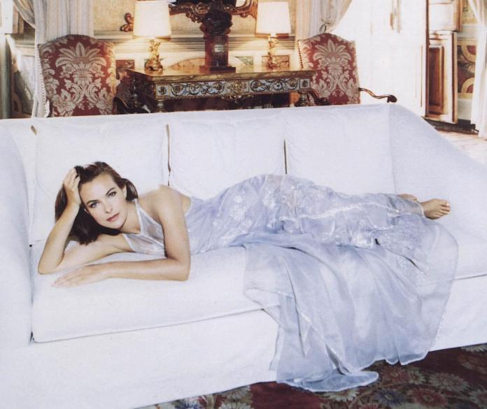 Carole Bouquet hot picture