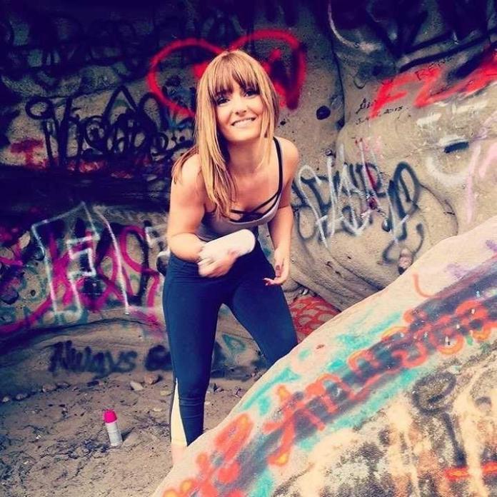 Christina Robinson tits pics