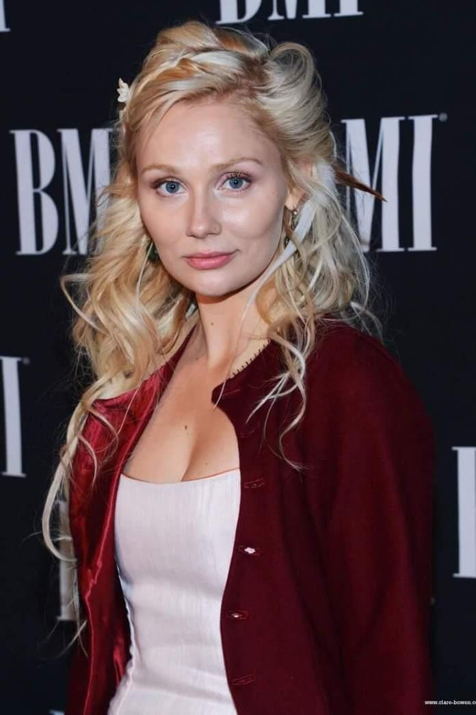 Clare Bowen big tits pics