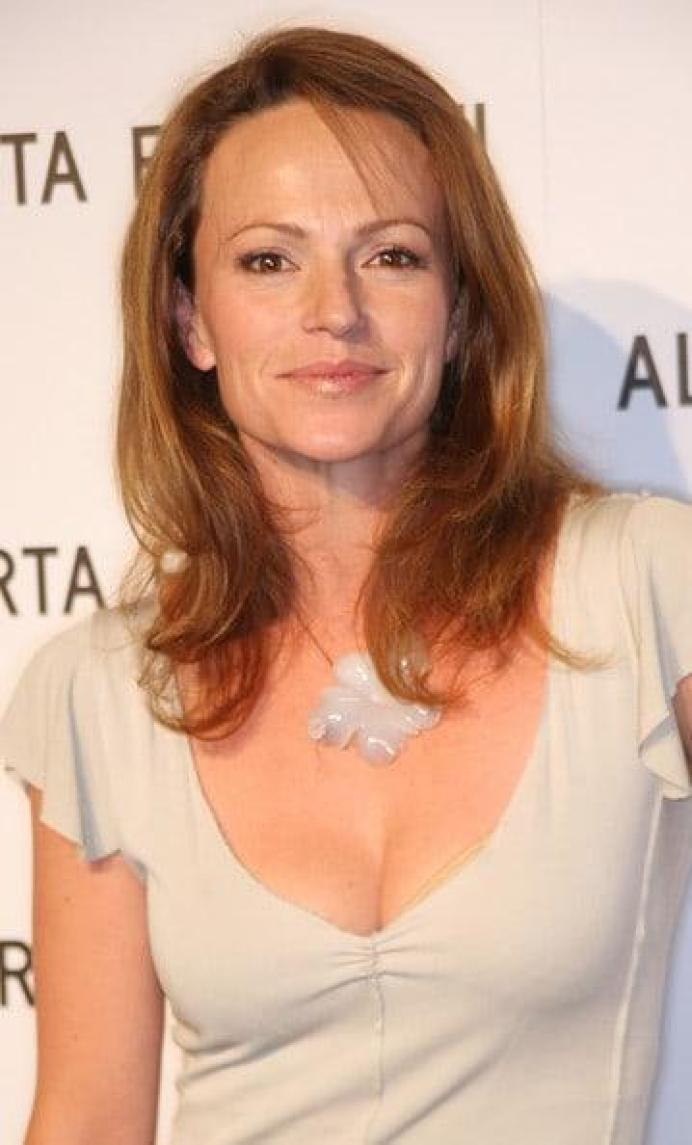 Clare Carey cleavage