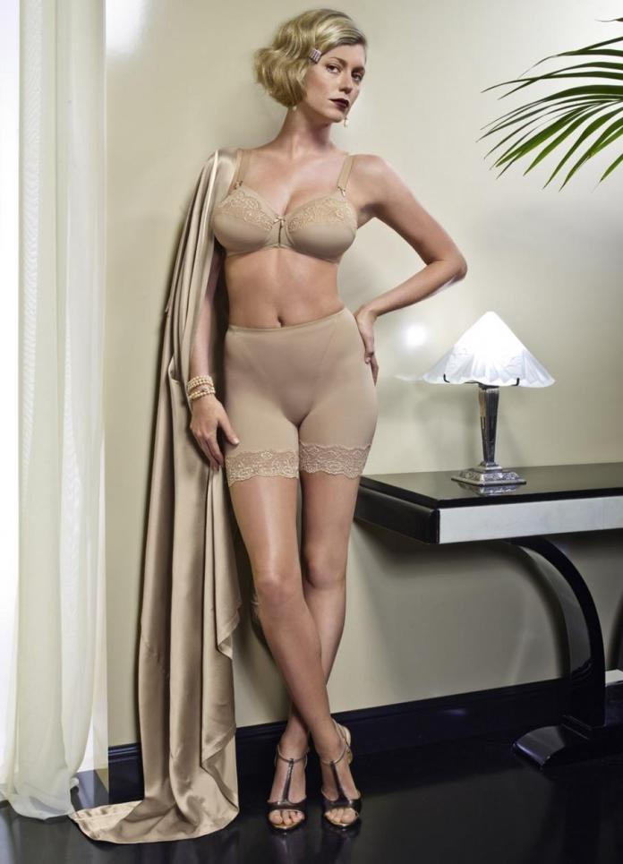 Diora Baird sexy pics