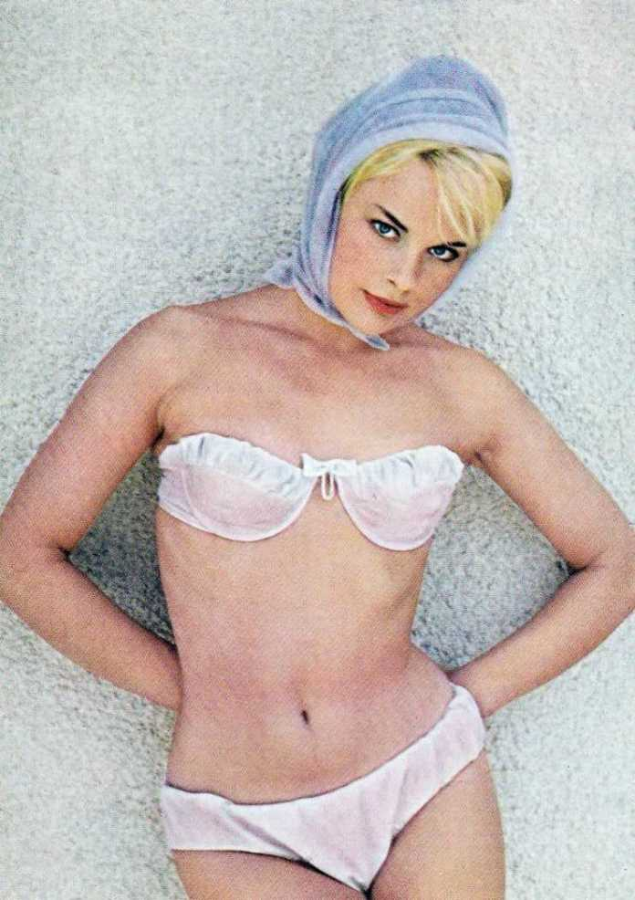 Elke Sommer Pictures in an Infinite Scroll - 601 Pictures