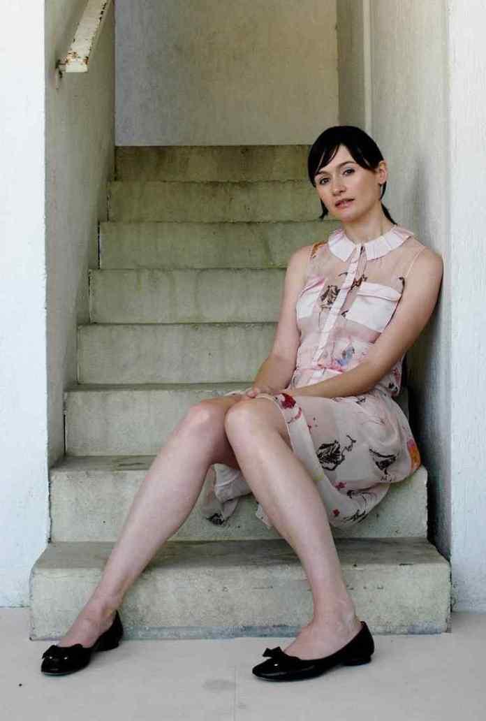Emily Mortimer hot feet