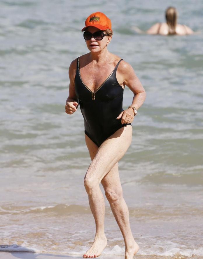 Goldie Hawn sexy