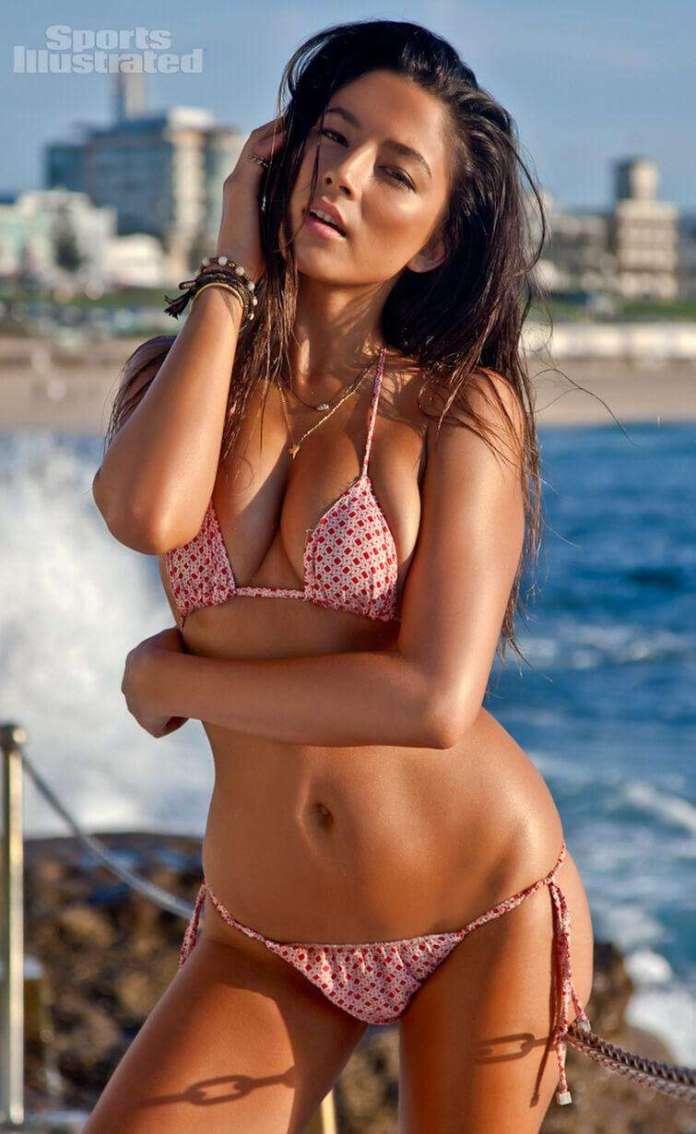 Jessica Gomes hot bikini pics