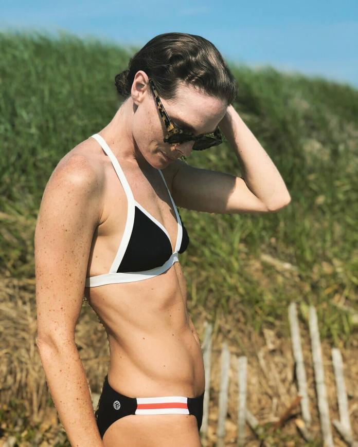 Kate Nauta hot look pics