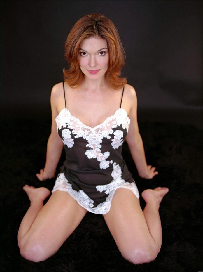 Laura Harring sexy look