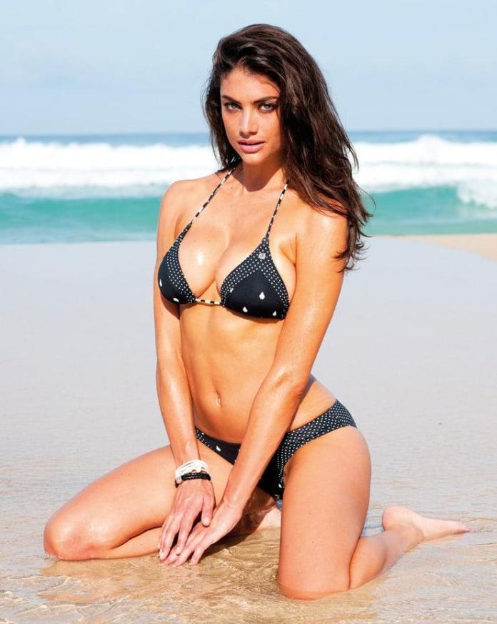 Lauren Mellor hot pics