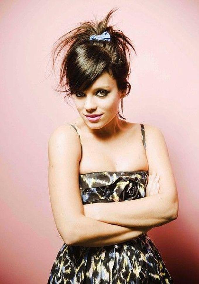 Lily Allen amazing boobspics