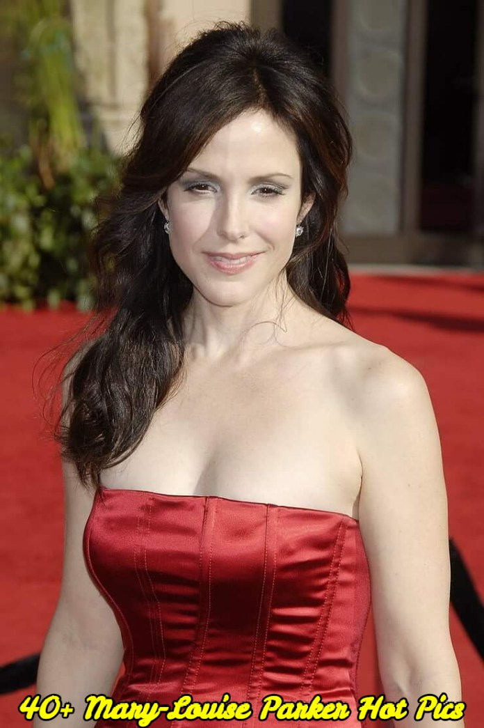 Mary-Louise Parker hot pics