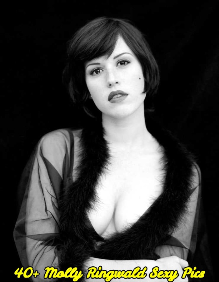 Molly Ringwald sexy pics