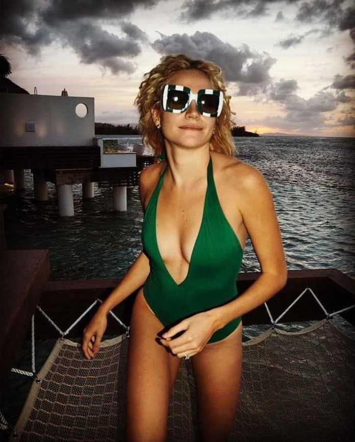 Pixie Lott lingerie pics (2)