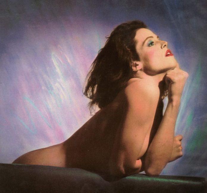 Sigourney Weaver naked pics