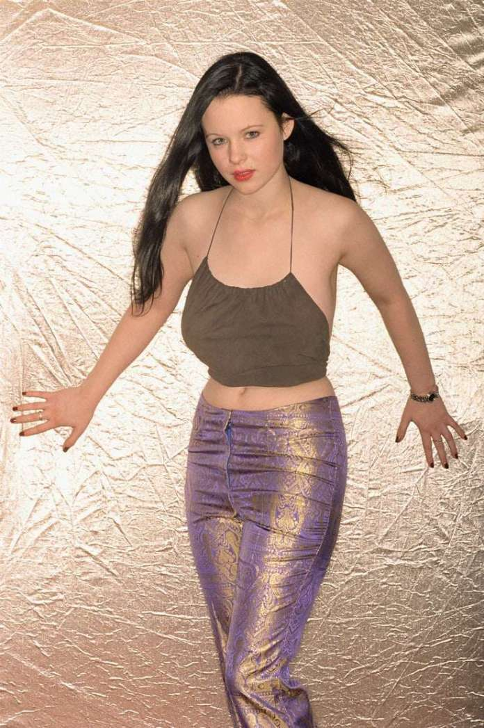 Thora Birch sexy pic