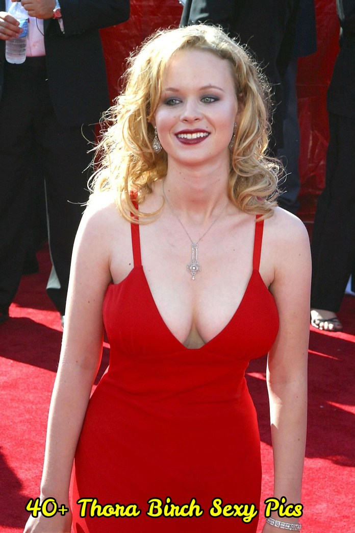 Thora Birch sexy pictures