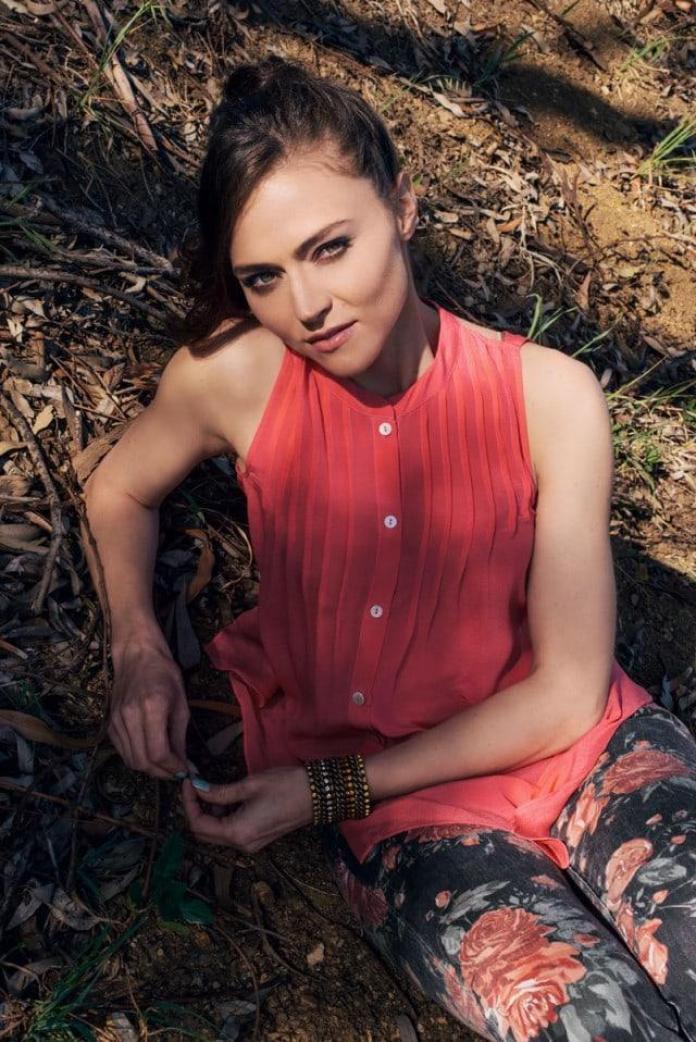 Trieste Kelly Dunn sexy