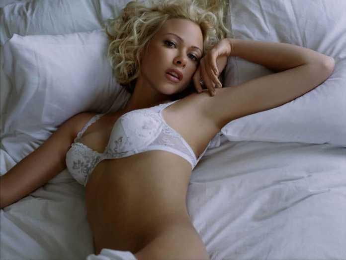 Jennifer Sky sexy pic