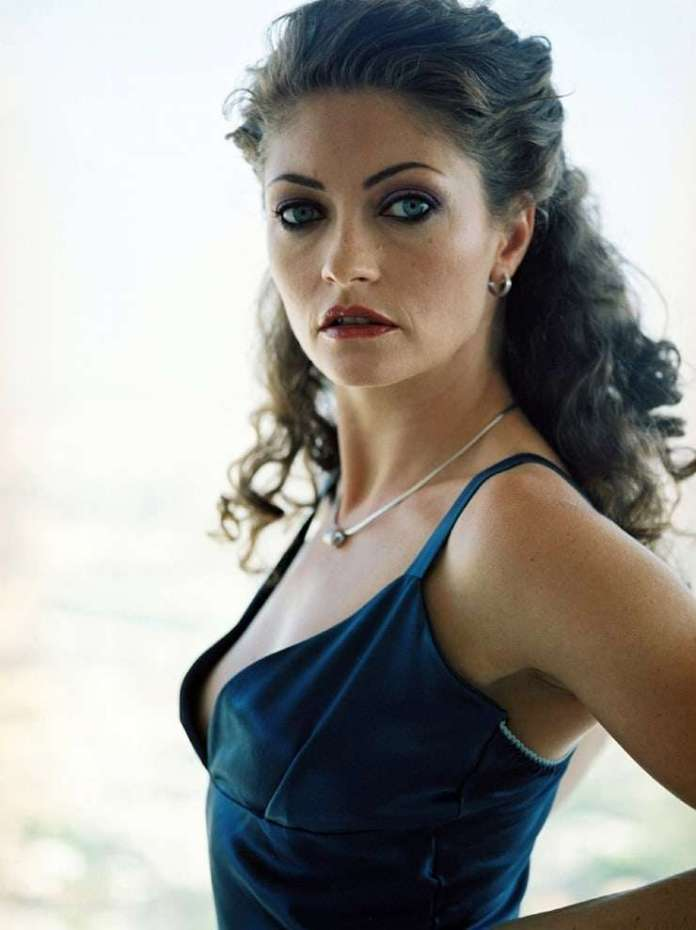 Rebecca Gayheart sexy pics