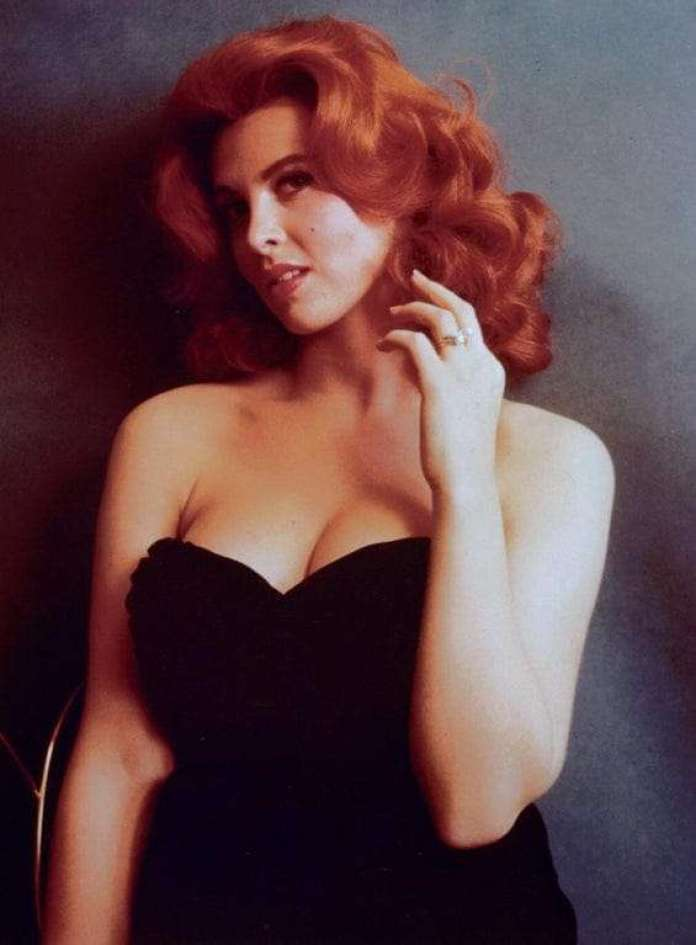 Tina Louise hot