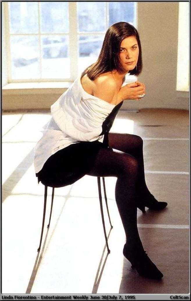 Linda Fiorentino sexy pics
