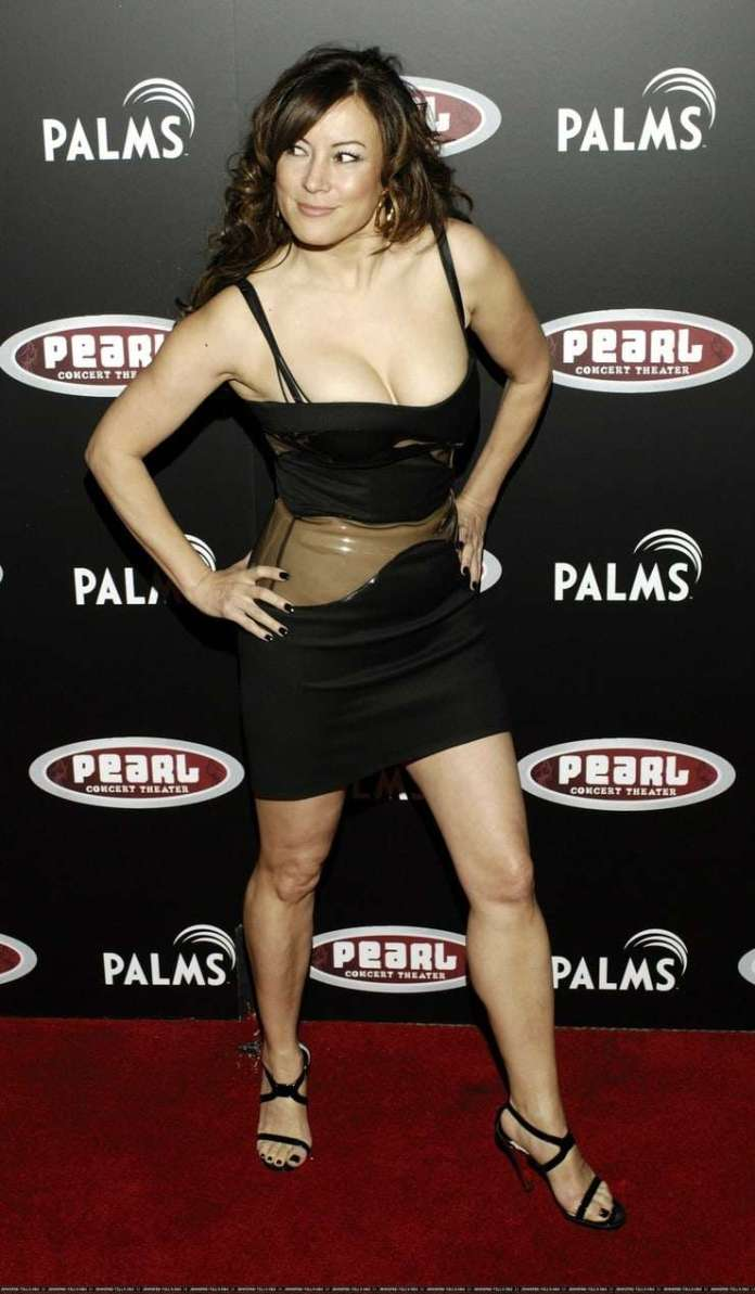 jennifer tilly sexy pictures