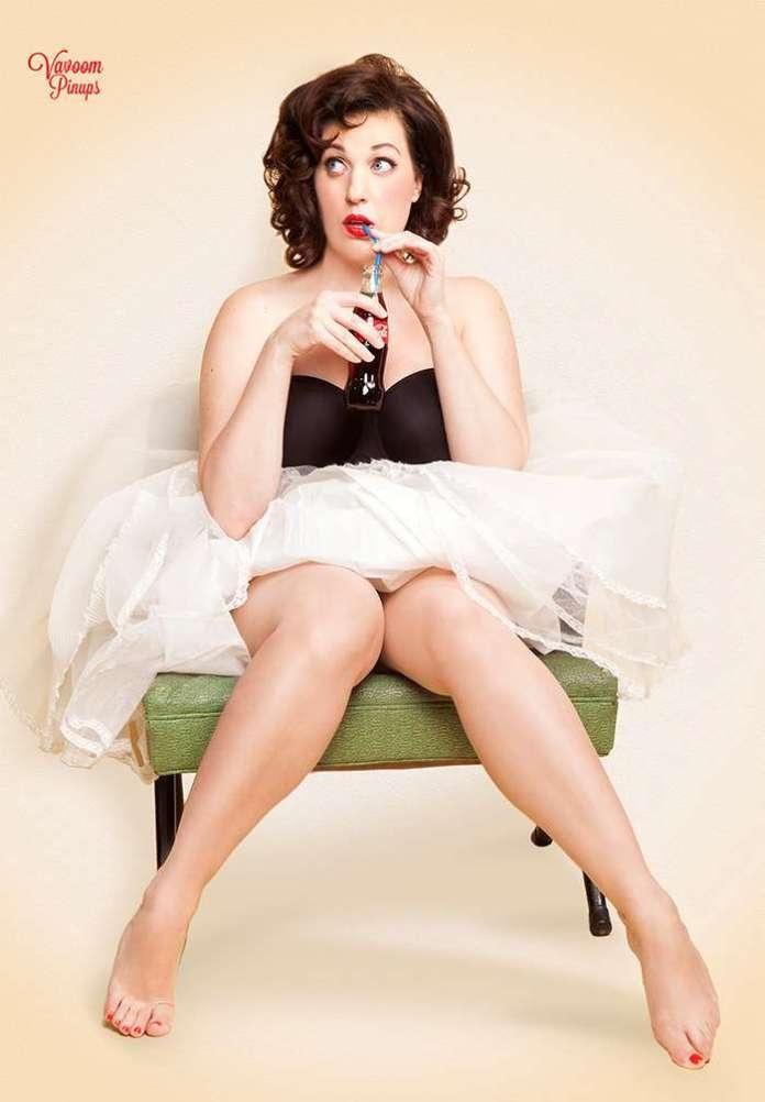 Allison Tolman sexy