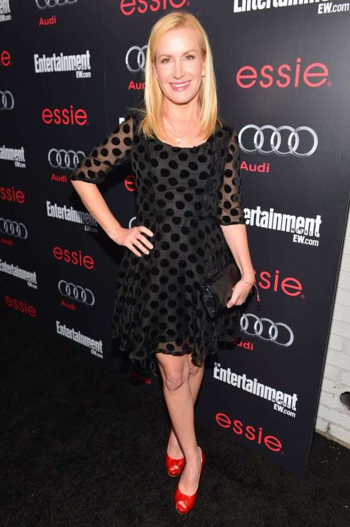 Angela Kinsey hot pic