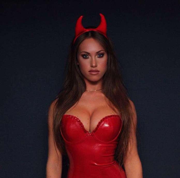 Jess Greenberg hot pic