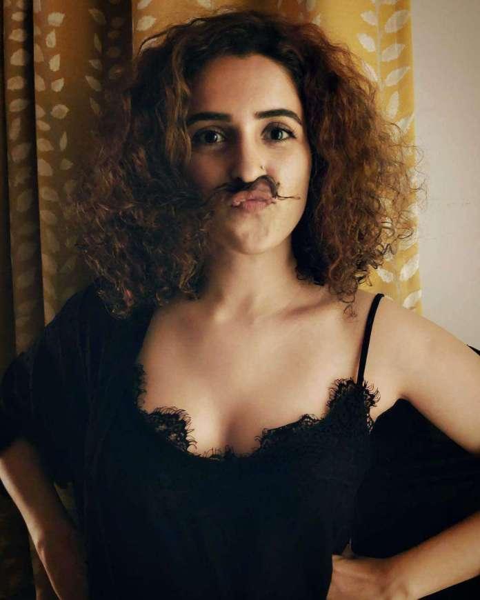 Sanya Malhotra hot pics
