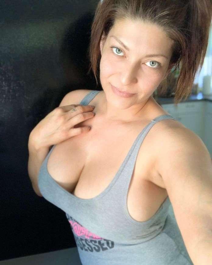 Shelly Martinez hot pic