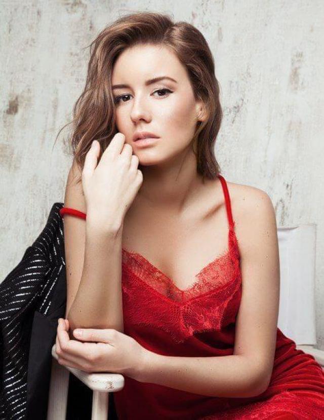 Irina Starshenbaum hot