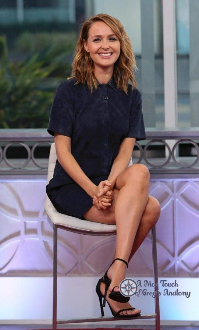 Camilla Luddington sexy legs