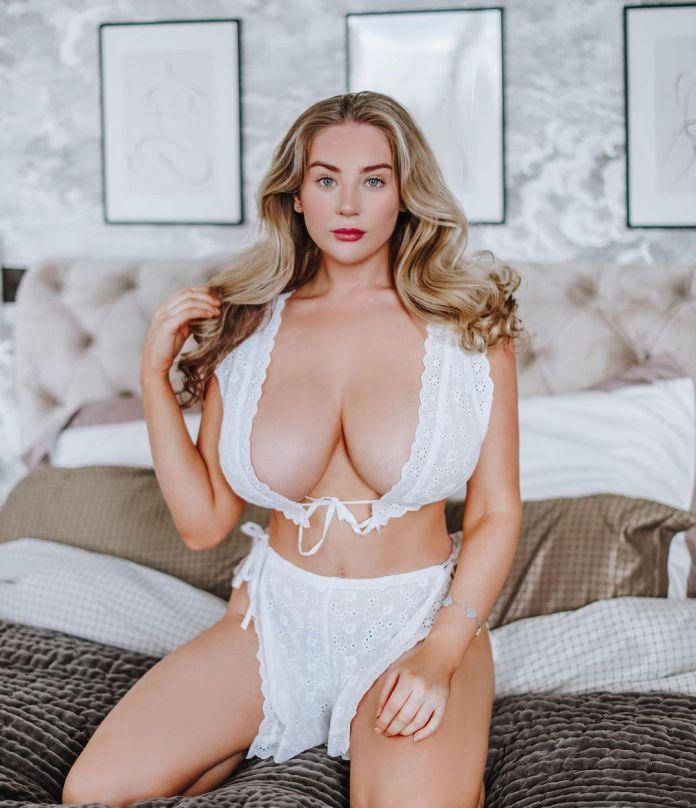 Bethany Lily sexy