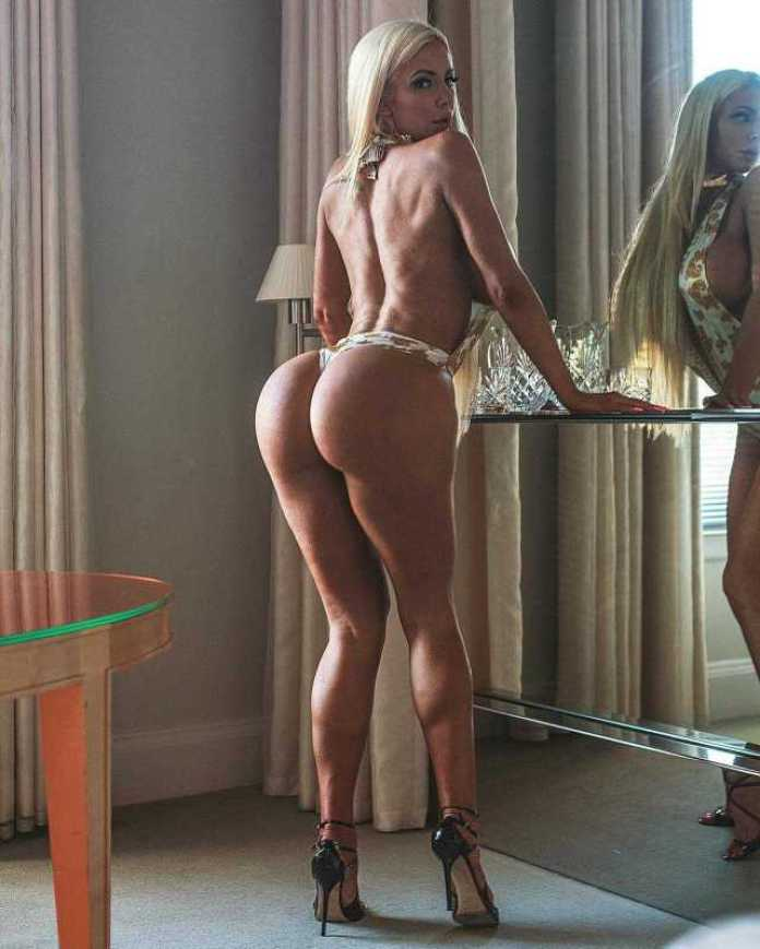 Nicolette Shea butt