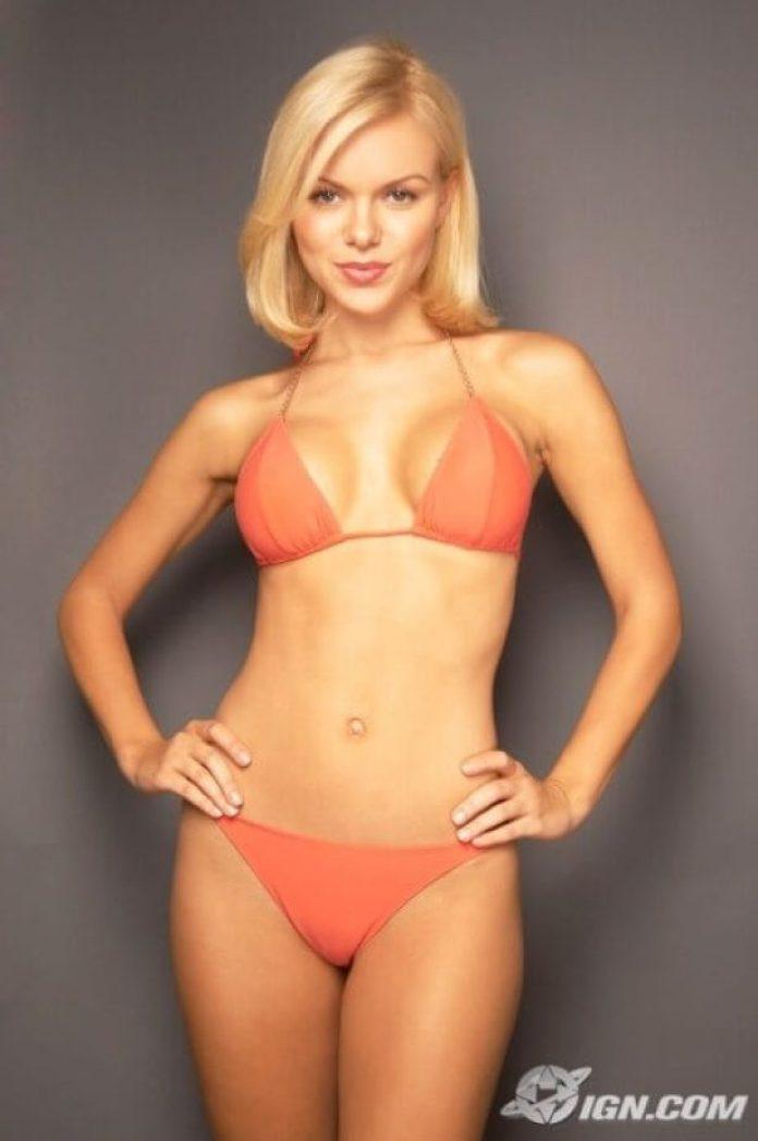 Anya Monzikova bikini