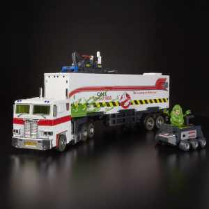 The Ecto-25 and Optimus Prime mashup 1