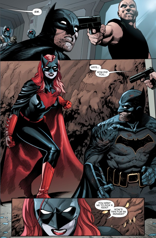 Batwoman Chooses Batman Over Her Father