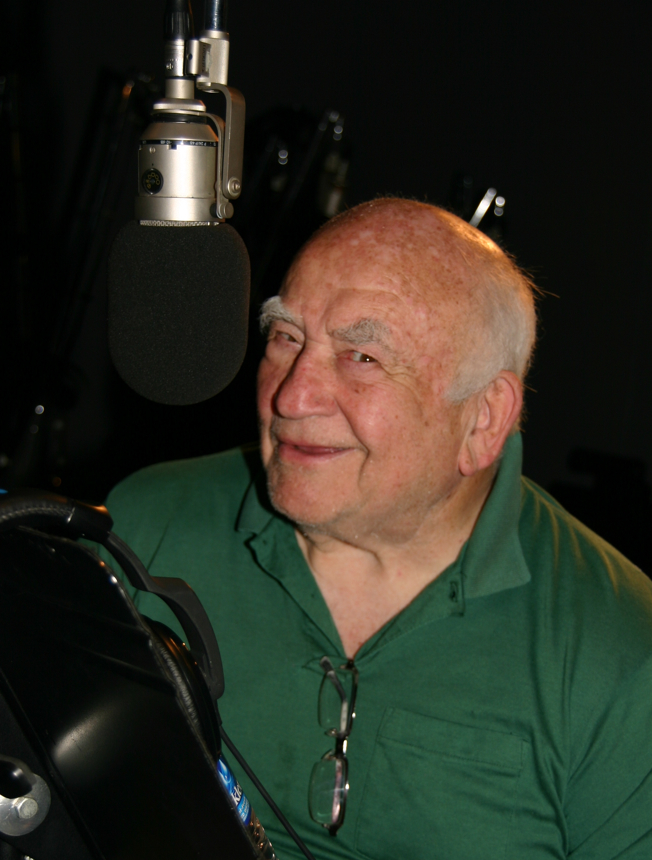 Interview With Ed Asner, Granny Goodness in Superman/Batman Apocalypse