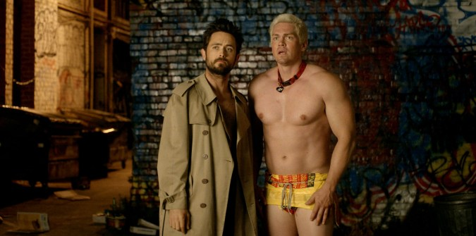 Justin Chatwin and Steve Howey in Unleashed