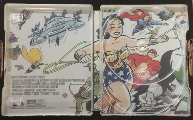 Justice League: The New Frontier Commemorative Edition steelbook inside