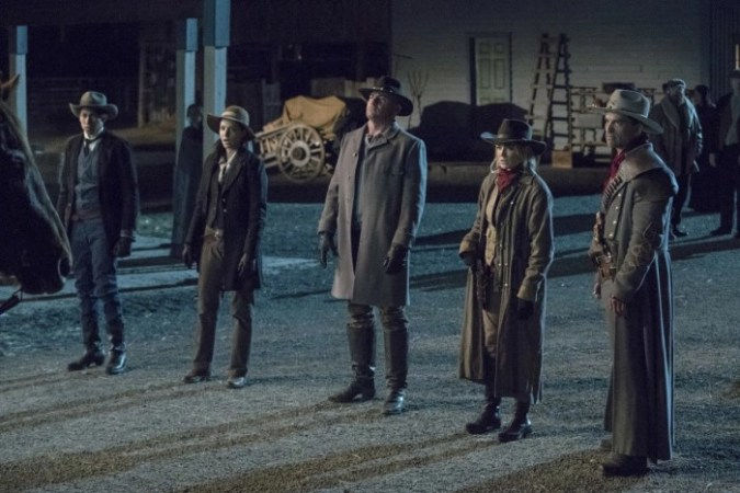 Wally West (Keiynan Lonsdale), Zari (Tala Ashe), Rory (Dominic Purcell), Sara (Caity Lotz), and Jonah Hex (Johnathon Schaech) in Legends of Tomorrow