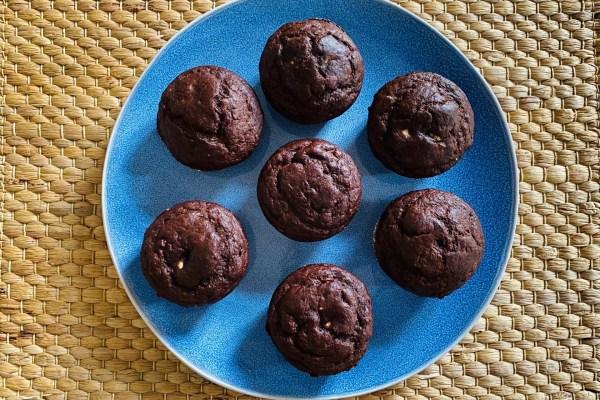 Muffins de chocolate e manteiga de amendoim
