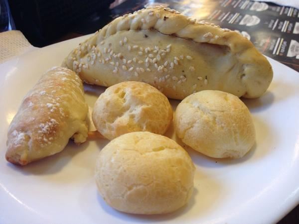 padeiro-sevilha-saltenha-pao-queijo