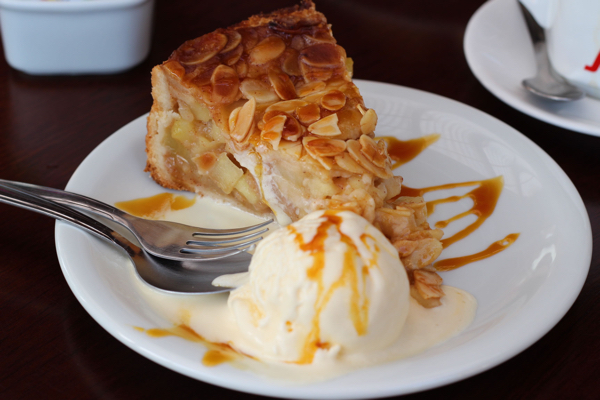 santo-doce-torta-maca