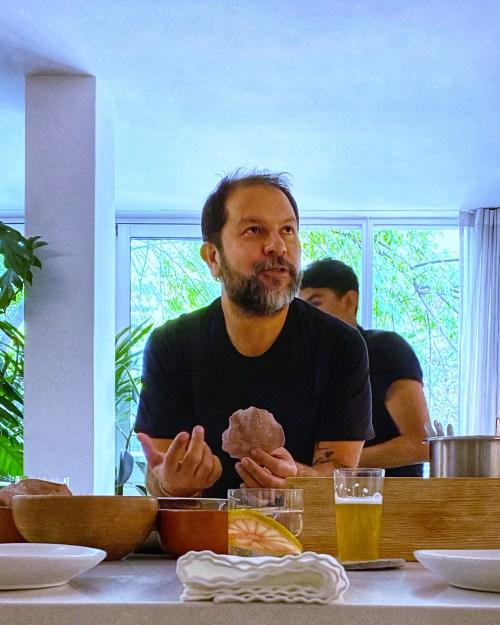 Enrique Olvera hablando de maíz