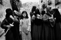 SPAIN. 1982. Cuenca. The penitent girl.