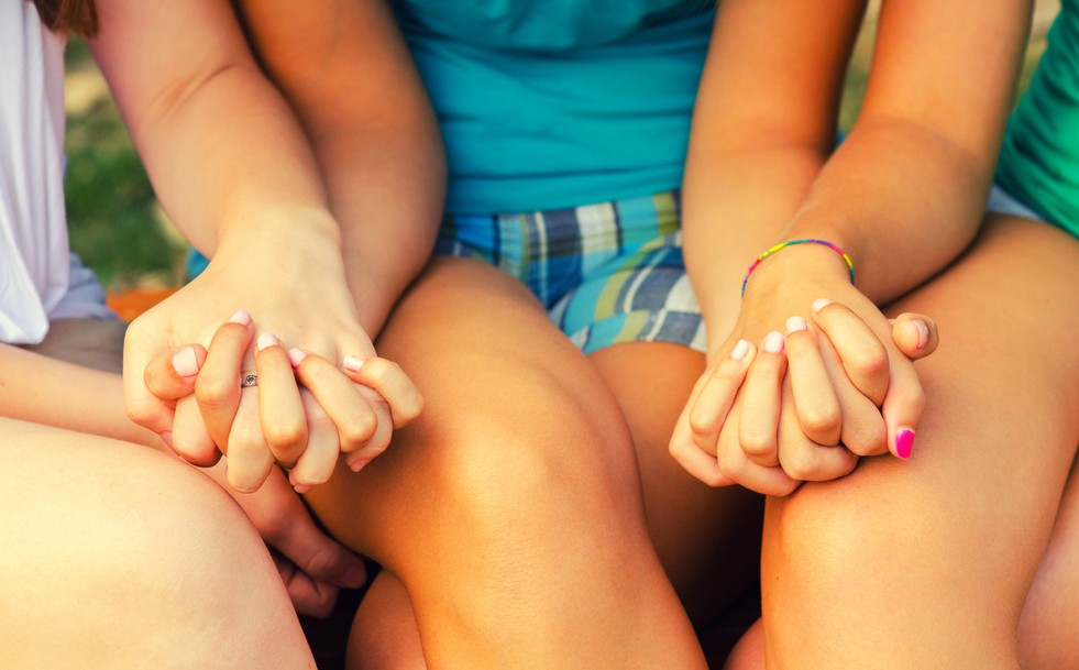 12 meses, 12 hábitos saludables: cuida tu círculo de amigas