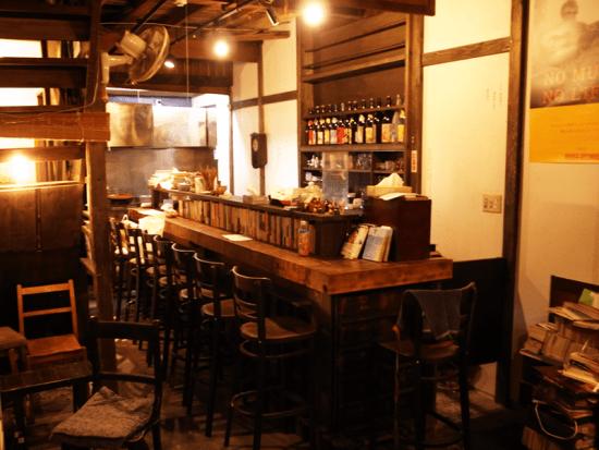 古本と酒肴 コクテイル書房