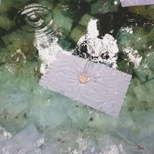 鏡の池の水占い