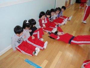 北海道あるあるネタ:幼稚園では大根抜きという遊びがある